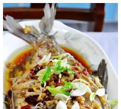 美食推荐:芒果西米露、清蒸武昌鱼、老醋核桃仁、红烧素鸡的做法