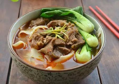 美食精选:红烧牛肉面、咸鱼、茄子瓜锅、上海阳春面、河南牛肉、回面