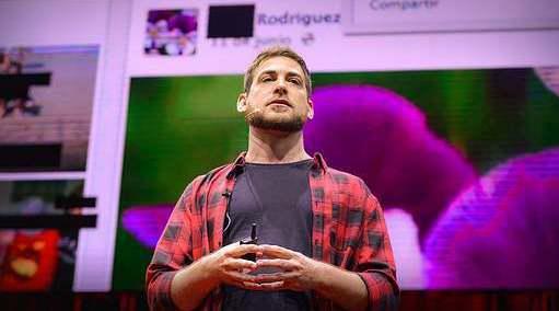 TED:网络性诱拐,我们必须和孩子谈谈网上会遇到的危险