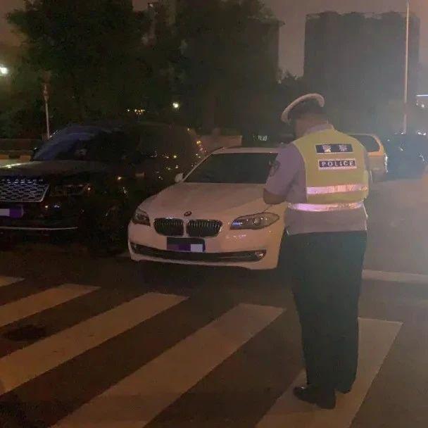 晚9点,临沂滨河大道!一女子醉驾!更惊人的是……