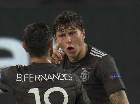 意媒:曼联拒绝对斯莫林的新报价,罗马将租借+买断签下库姆布拉