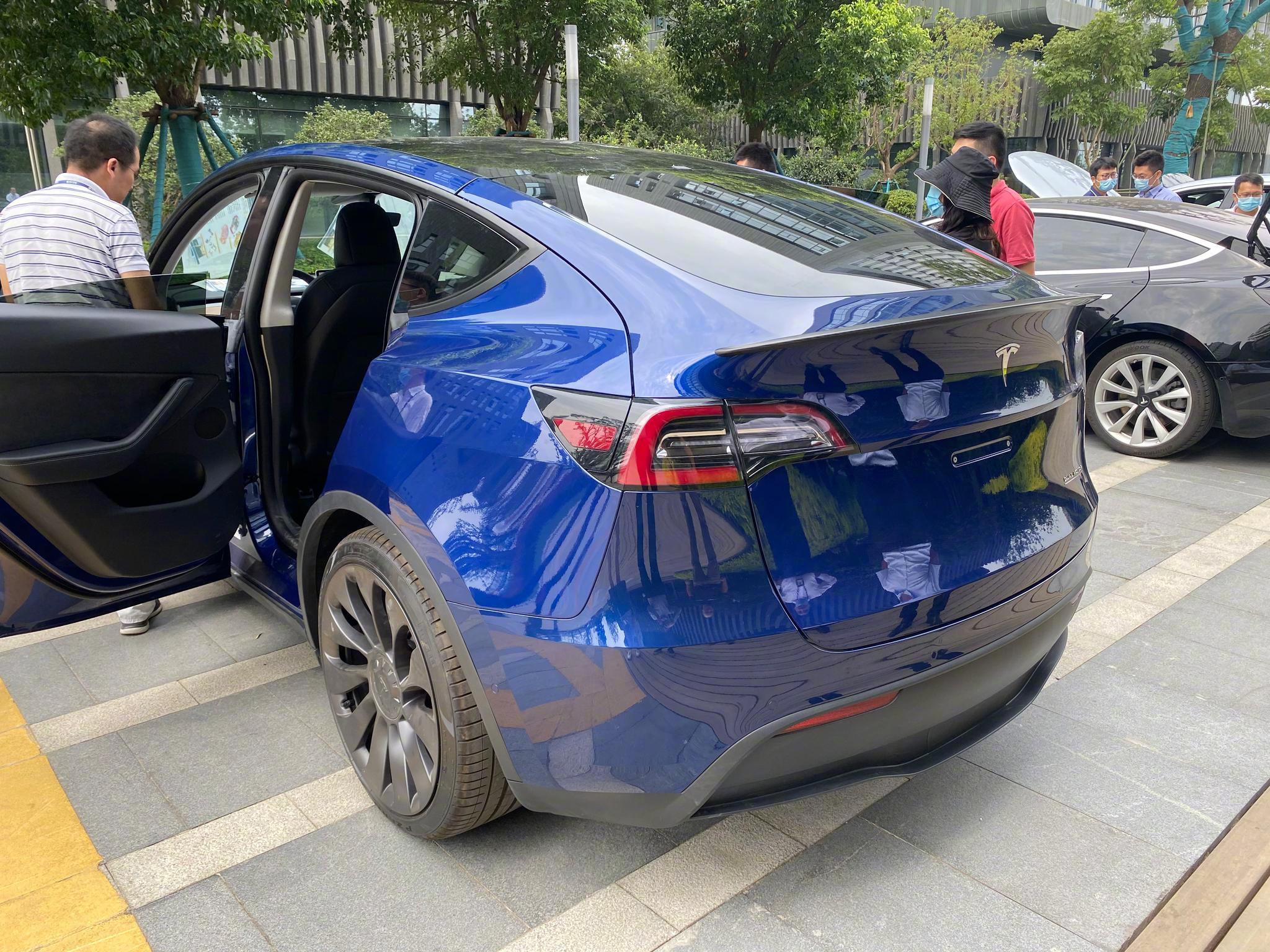 国内现身Model Y实车 国产版明年年初下线