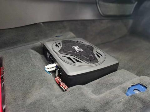 奥迪S3前后声场改装两分频,四门大麦隔音——台州慧声汽车音响