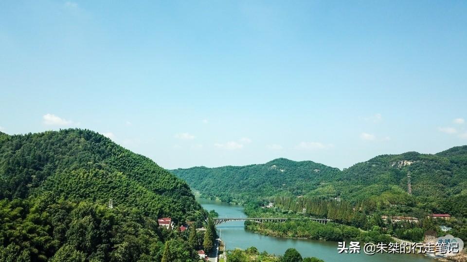 霍山县山高、矿产丰富、特产众多 以风景秀丽、物产丰富而闻名