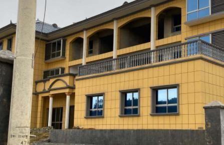 遵义市习水县500平米民宿酒店出租,湄潭县6亩养猪场转让