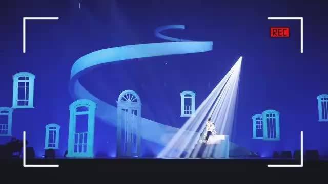 王俊凯工作室三周年! 对每一个舞台都事无巨细!