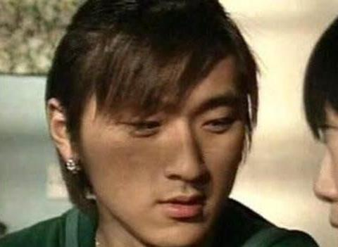 可能沦为司机,38岁香港男明星改行巴士:我要养4个孩子