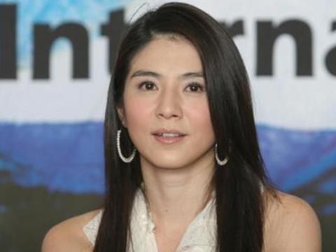 杨采妮跟前男友复合,新加坡低调完婚,如今完全退出娱乐圈了