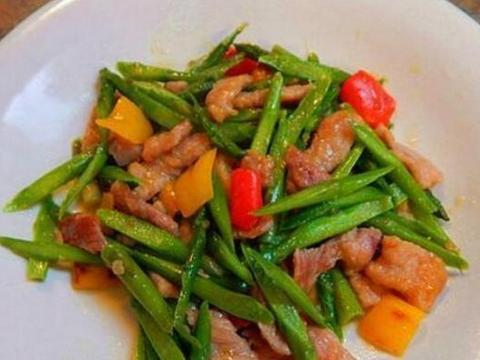 美食精选:芦笋炒肉、莲子去火汤、蒜香芥兰、酿油豆腐