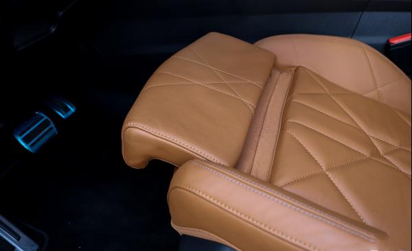 被冷落的豪车,车内90%真皮,开它比奥迪Q5舒服20.89万却没人识