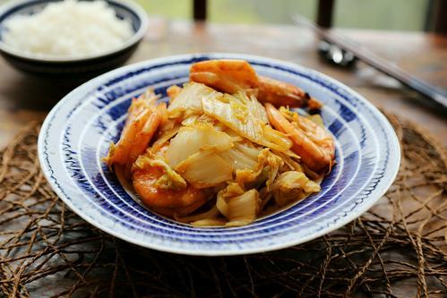 明虾的虾头不要扔,大厨教你做虾油白菜,饭店这道菜要卖50元