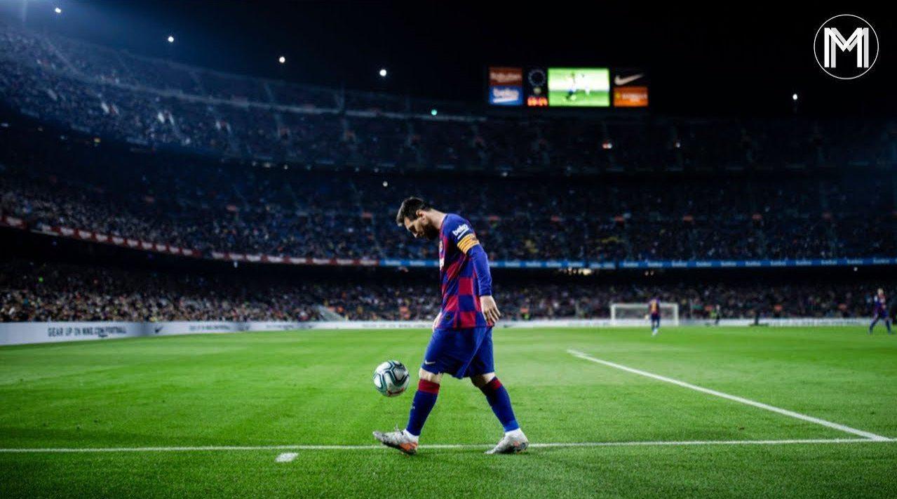 2000年的9月17日,梅西在父亲的陪同下来到了巴塞罗那……