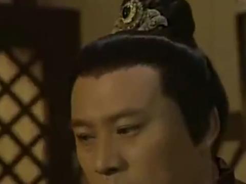 上错花轿嫁对郎:杜冰雁为袁不屈升官庆祝,不料袁不屈却心事重重