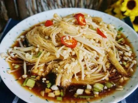 优选食谱:咖喱虾尾、凉拌金针茹、酸菜炖猪蹄、盐焗蛏子的做法