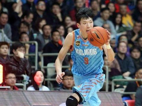 19-20 CBA国内球员篮板球TOP10,周琦回归登榜首,吴冠希进前十