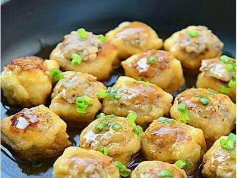 优选食谱:马齿苋菜团,煎酿豆泡,剁椒梅鲚鱼干,蜜汁糯米藕