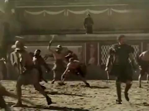 小伙对战角斗士被瞧不起,谁料战场上的决斗,竟让对方得到尊敬