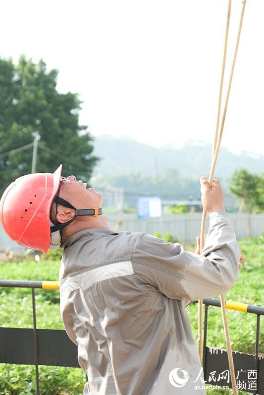 广西梧州:农村电网升级创新助力乡镇经济增长