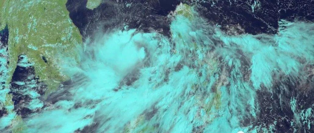 双台风?最强14级!大台风红霞急速增强明日登陆,猛烈风雨+狂浪袭击粤琼桂!新台风胚胎也来了
