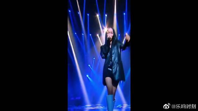 歌手当打之年:刘柏辛现场演唱《Manta》征服全场观众……