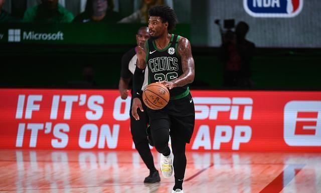 NBA季后赛继续进行,热火对阵绿军,最终热火队凭借在第四节的强劲表现,再度赢得了比赛的胜利