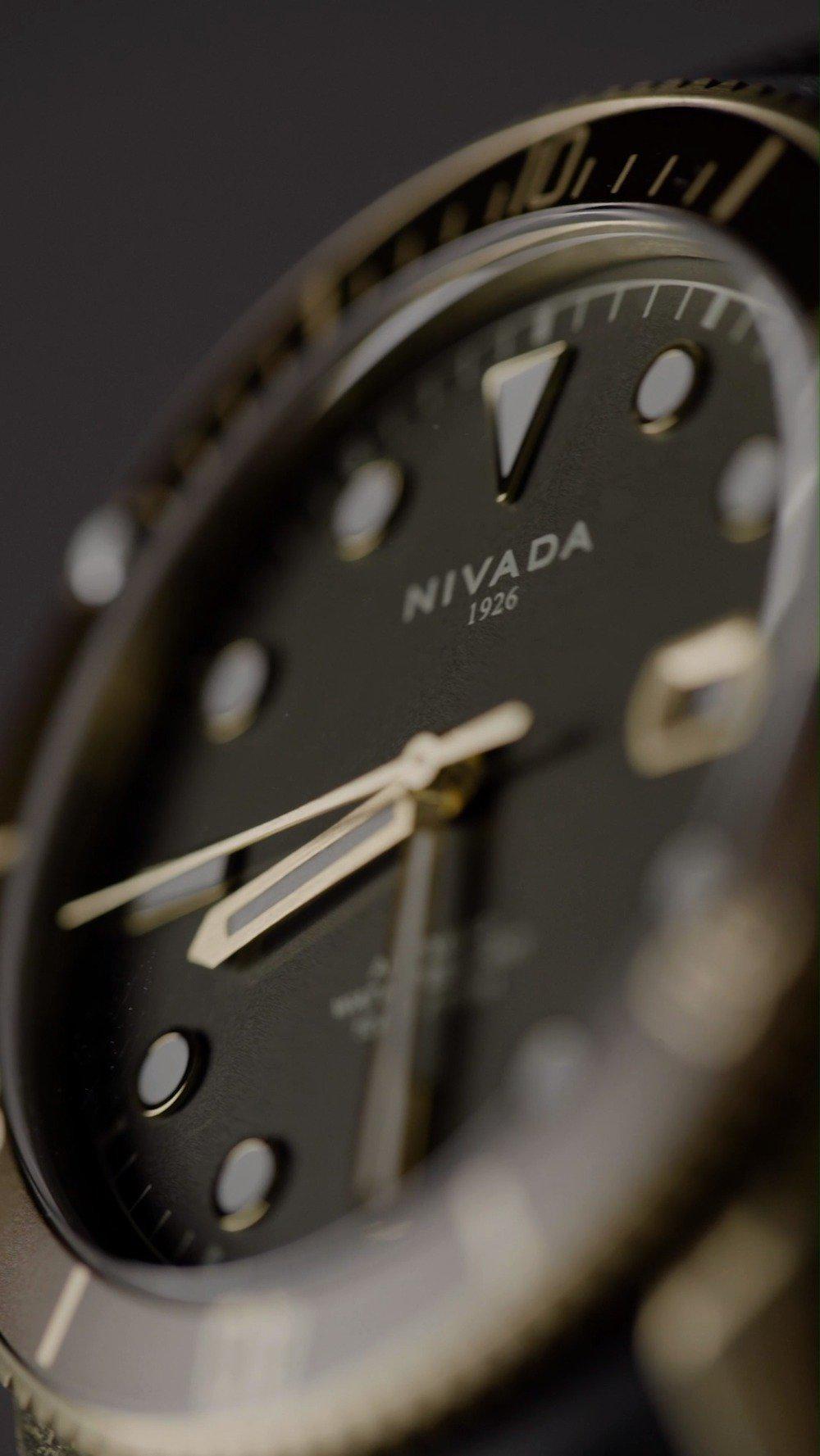 """感知不""""铜""""!尼维达机械手表开箱⌚"""