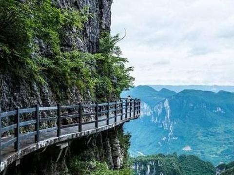 """中国再创""""世界之最"""",总长688米的手扶电梯,就在恩施大峡谷中"""