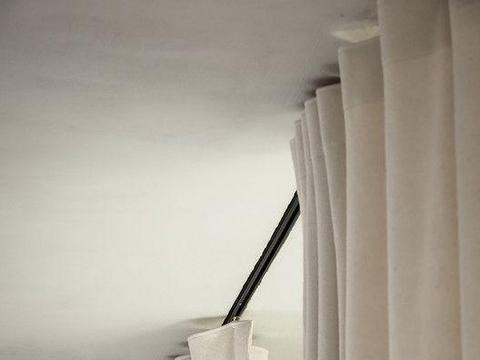 天花板上藏轨道,这样的窗帘你见过?美观实用显层高,小户型快看