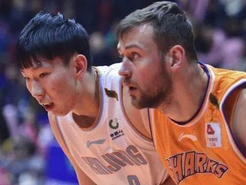 周琦联手火箭前球星!新疆男篮迎NBA级别内线双塔,剑指总冠军?