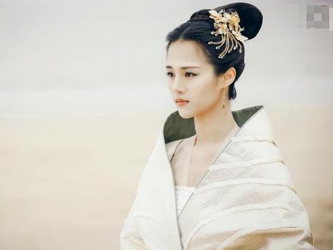 《三生三世十里桃花》最美的不是凤九白浅,而是不谙世事的他