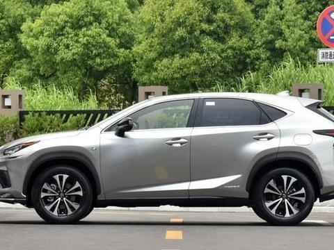 丰田旗下又一高端SUV,霸气不输奥迪Q5L,安静如图书馆,油耗6升