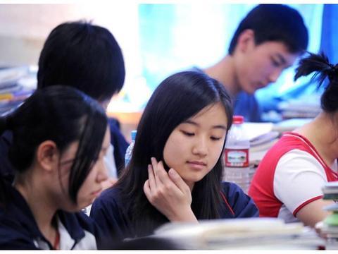 研究生刚开学就想退学?读研到底有多难?导师:要调整好心态!