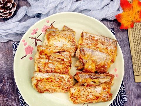 煎带鱼,不要裹面粉或者裹面糊了,学习下面的方法,更酥脆不油腻