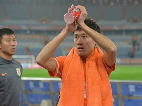 评分鲁能晋级足协杯:郭田雨闪耀,格德斯归来,最大亮点是黄聪