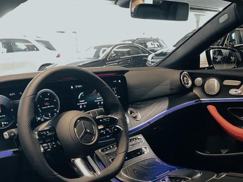 新款奔驰E级Coupe实车 优雅豪华