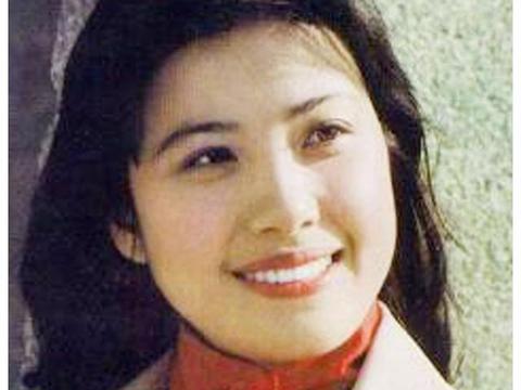 她22岁成为影后,当红时嫁世界冠军隐退,如今身价上亿令人羡慕!