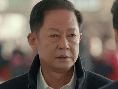 老戏骨王志文,他的老婆也是优秀的演员,为了丈夫已隐退11年
