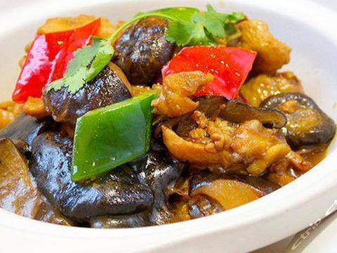 优选食谱:咖喱蛋炒饭、湘味小炒鸡、冬瓜虾皮汤、凉拌猪腰的做法