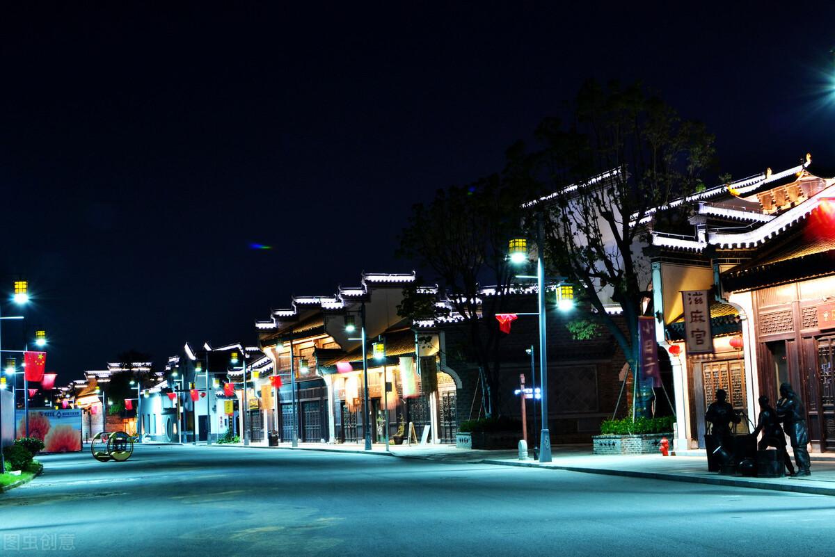 """安徽堪称第一的古镇,人称芜湖""""小上海"""",耗资80亿门票仅80"""