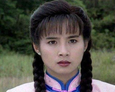 """""""琼瑶女郎""""岳翎:为男友拒拍吻戏,在当红时为爱息影,现状如何"""