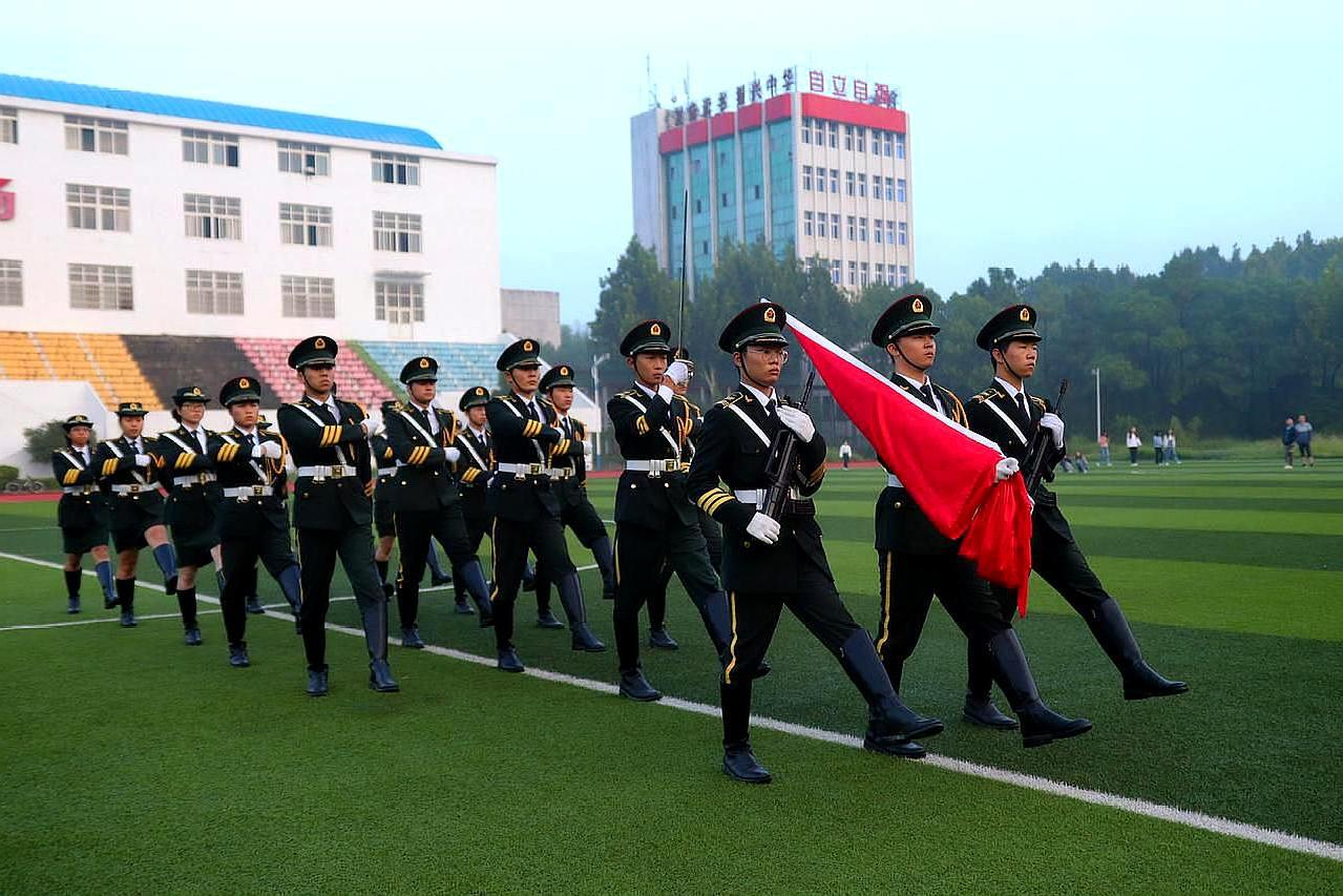 武汉生物工程学院学生,摆九一八队形,呼吁学子勿忘国耻
