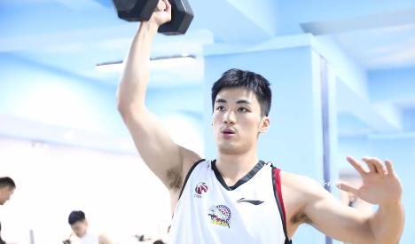 西热力江替代者!25岁国手渐入佳境,或是新疆男篮冲冠拼图