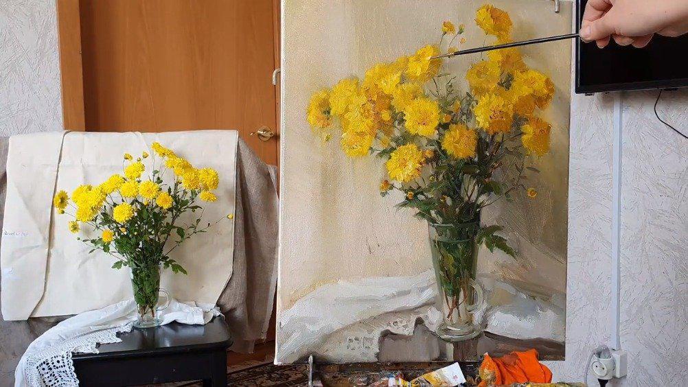 油画写生 玻璃花瓶里的黄色花卉