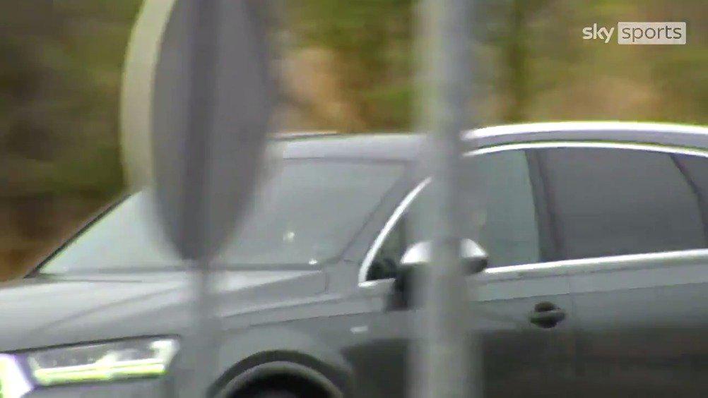天空体育:贝尔抵达马德里机场,即将飞赴伦敦完成回归热刺的转会