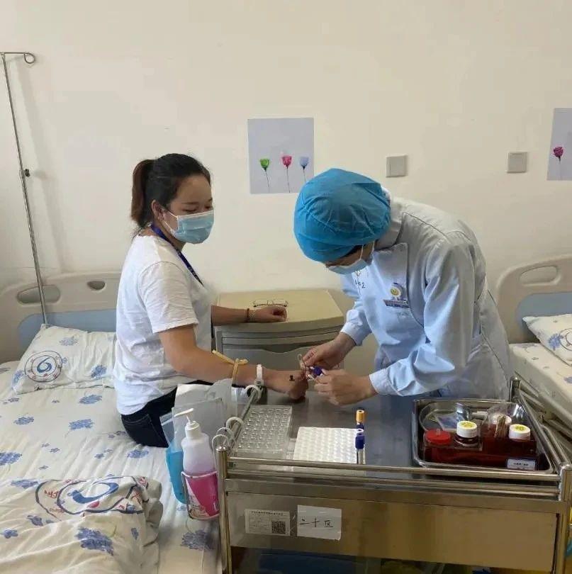 长汀第一位造血干细胞捐献志愿者、龙山中学教师易素楠成功捐献归来!