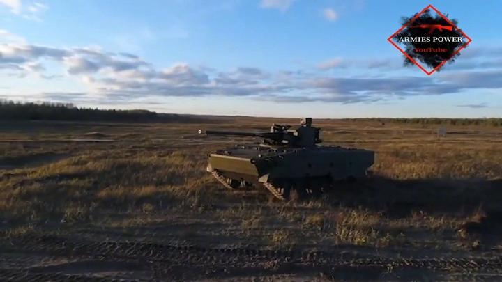 军事公开课 俄军2S38自行高炮虽然称其为自行高炮