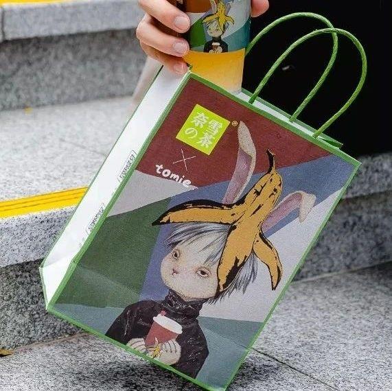 颜值经济时代,看奈雪如何玩转纸袋设计营销