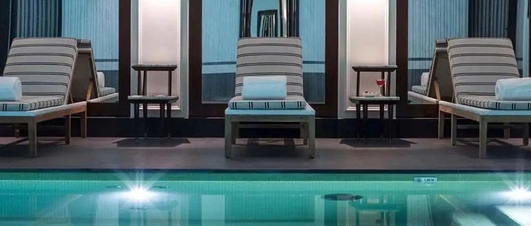 这家立鼎世酒店仅29间房,却收藏了上百件艺术品,还和Sisley合作SPA