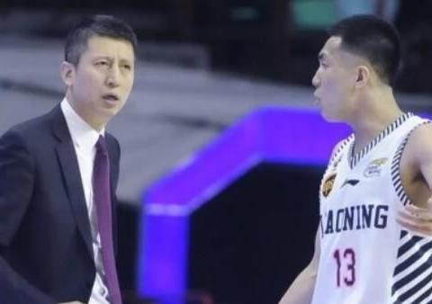 郭士强2011年就被下课过,如今的他,是否具有中国男篮主教资格?