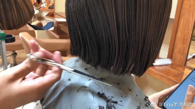 """""""肉肉脸""""女生试一试这款短发,时尚瘦脸,不过时"""